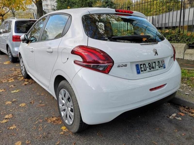 Photo 3 de l'offre de PEUGEOT 208 AFFAIRE 1.6 BLUEHDI 75CH PACK CLIM NAV 5P à 8900€ chez Brignais automobiles