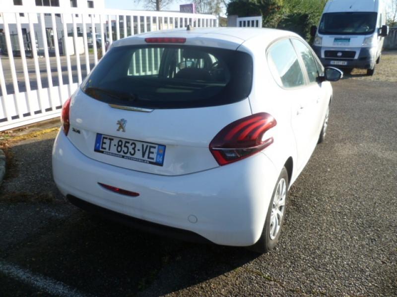 Photo 3 de l'offre de PEUGEOT 208 AFFAIRE 1.6 BLUEHDI 100CH PREMIUM PACK à 9900€ chez Brignais automobiles