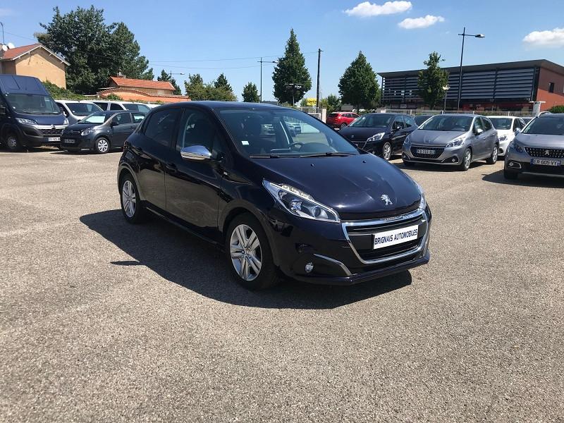 Peugeot 208 1.6 BLUEHDI 75CH STYLE 5P Diesel BLEU F Occasion à vendre
