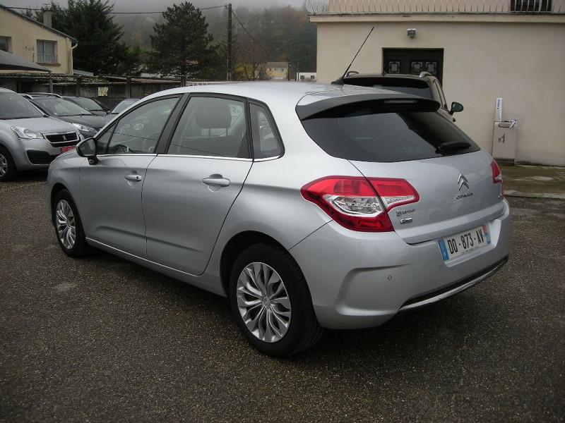 Photo 4 de l'offre de CITROEN C4 STE 1.6 E-HDI 115 FAP BUSINESS ETG6 à 10900€ chez Brignais automobiles