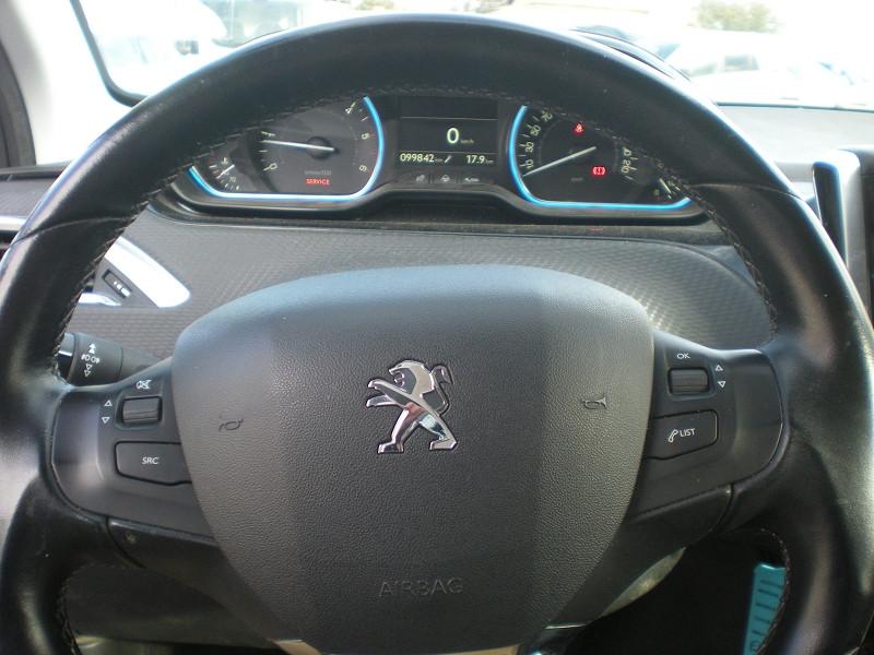 Photo 15 de l'offre de PEUGEOT 2008 1.6 BLUEHDI 100CH  BUSINESS PACK à 10900€ chez Brignais automobiles