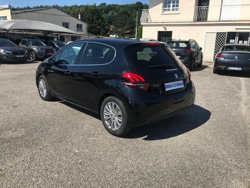 Photo 4 de l'offre de PEUGEOT 208 1.2 PURETECH 110CH E6.C ALLURE S&S 5P à 13900€ chez Brignais automobiles