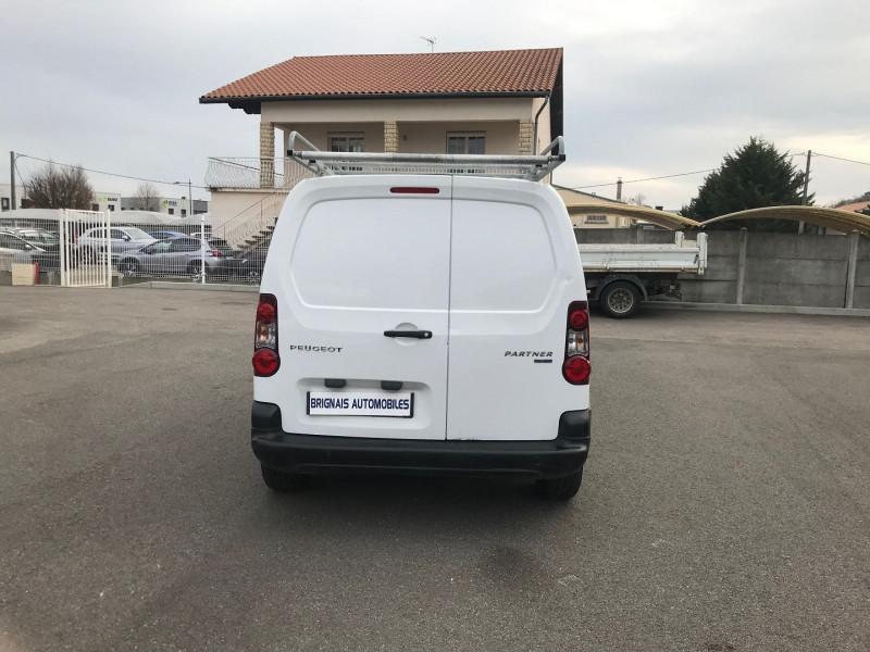 Photo 5 de l'offre de PEUGEOT PARTNER STANDARD 1.6 BLUEHDI 75CH PREMIUM à 10900€ chez Brignais automobiles