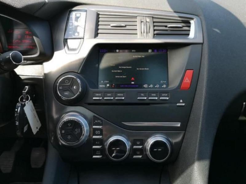Photo 8 de l'offre de DS DS 5 BLUEHDI 150CH SO CHIC S&S à 17400€ chez Brignais automobiles