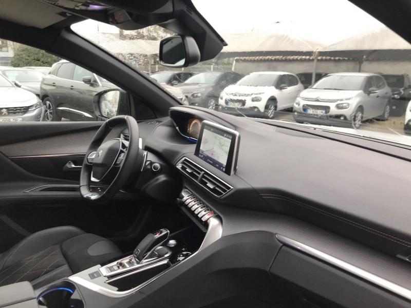 Photo 7 de l'offre de PEUGEOT 3008 2.0 BLUEHDI 180CH S&S GT EAT8 à 37900€ chez Brignais automobiles