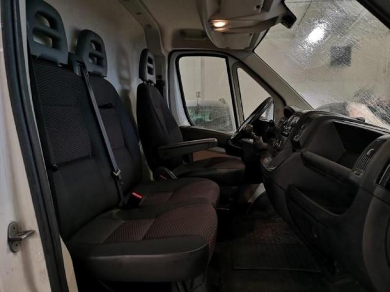 Photo 6 de l'offre de PEUGEOT BOXER FG 330 L2H1 2.2 HDI 110 PACK CD CLIM à 13900€ chez Brignais automobiles
