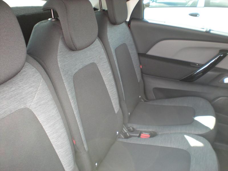 Photo 9 de l'offre de CITROEN C4 PICASSO BLUEHDI 120CH FEEL S&S à 17900€ chez Brignais automobiles
