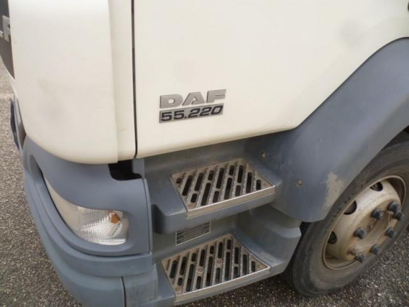 Photo 7 de l'offre de DAF FA LF 55.220 E15 CAISSE FRIGO BI-TEMPERATURE + HAYON à 23400€ chez Brignais automobiles
