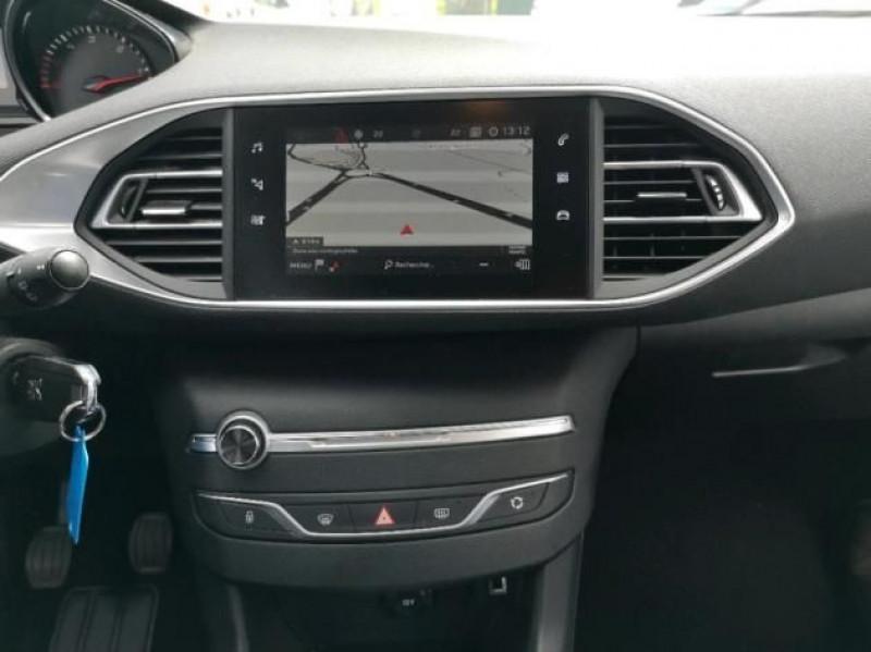 Photo 8 de l'offre de PEUGEOT 308 AFFAIRE 1.5 BLUEHDI 100CH S&S PREMIUM PACK à 12400€ chez Brignais automobiles