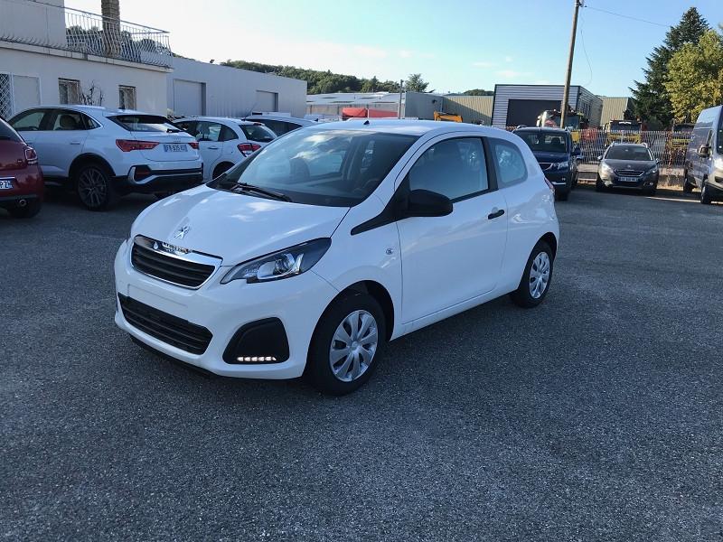 Photo 3 de l'offre de PEUGEOT 108 VTI 72 LIKE S&S 85G 3P à 10500€ chez Brignais automobiles
