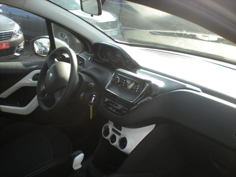 Photo 7 de l'offre de PEUGEOT 208 1.6 BLUEHDI 75CH LIKE 5P à 10900€ chez Brignais automobiles