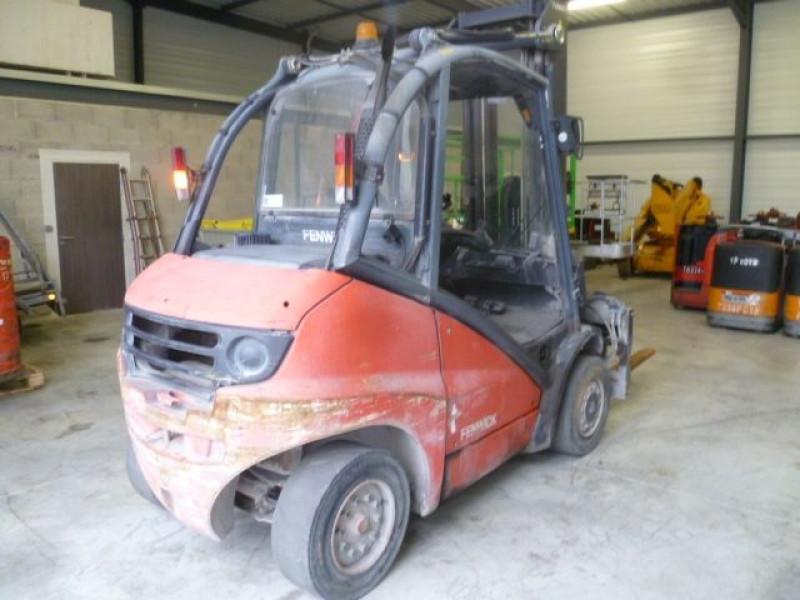 Photo 3 de l'offre de FENWICK CHARIOT FRONTAL DIESEL H40D à 14000€ chez Brignais automobiles