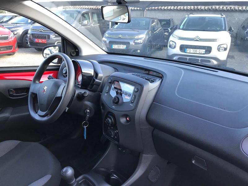 Photo 7 de l'offre de PEUGEOT 108 VTI 72 LIKE S&S 85G 5P à 10500€ chez Brignais automobiles