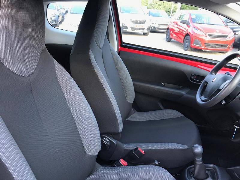 Photo 8 de l'offre de PEUGEOT 108 VTI 72 LIKE S&S 85G 5P à 10500€ chez Brignais automobiles