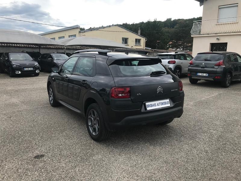 Photo 4 de l'offre de CITROEN C4 CACTUS BLUEHDI 100 FEEL BUSINESS à 11900€ chez Brignais automobiles