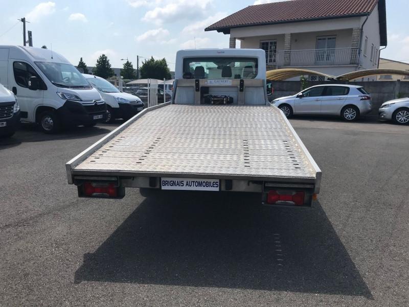 Photo 5 de l'offre de FORD TRANSIT 2T CCB PORTE-VOITURE  350LJ  2.2 TDCI 125CH AMBIENTE à 18600€ chez Brignais automobiles