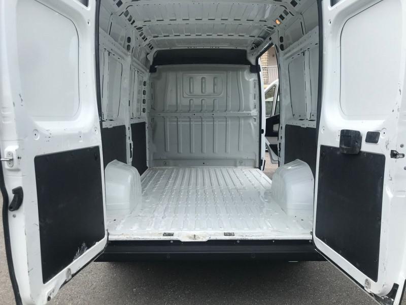 Photo 10 de l'offre de CITROEN JUMPER FG 35 L2H2 2.0 BLUEHDI 130 BUSINESS à 20280€ chez Brignais automobiles
