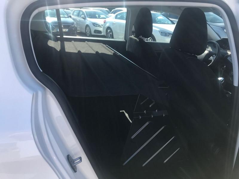 Photo 9 de l'offre de PEUGEOT 308 AFFAIRE 1.5 BLUEHDI 100CH S&S PREMIUM PACK à 12900€ chez Brignais automobiles