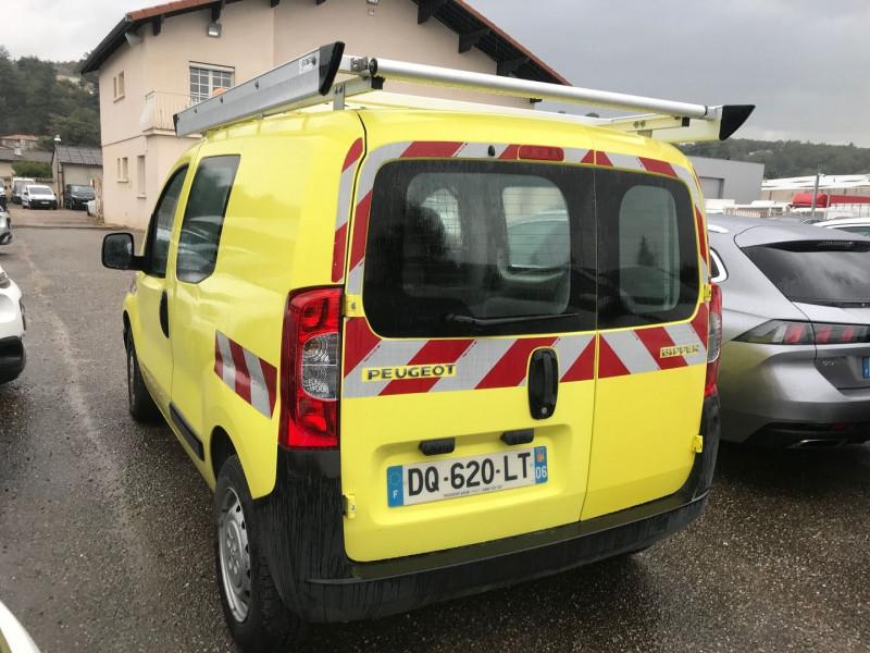 Photo 3 de l'offre de PEUGEOT BIPPER 117 L1 1.3 HDI 75CH PACK CD CLIM à 7900€ chez Brignais automobiles