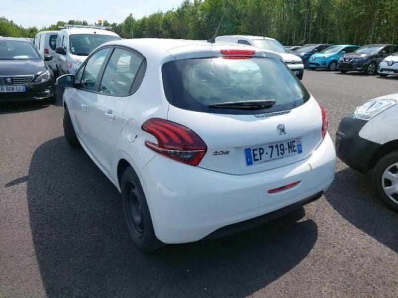 Photo 3 de l'offre de PEUGEOT 208 AFFAIRE 1.6 BLUEHDI 100CH PREMIUM PACK à 6500€ chez Brignais automobiles