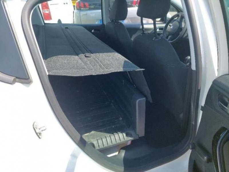 Photo 7 de l'offre de PEUGEOT 208 AFFAIRE 1.6 BLUEHDI 75CH PREMIUM PACK à 8400€ chez Brignais automobiles