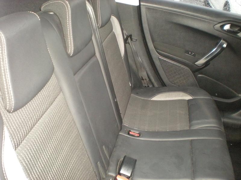 Photo 9 de l'offre de PEUGEOT 2008 1.6 BLUEHDI 100CH BUSINESS PACK BVM5 à 10900€ chez Brignais automobiles
