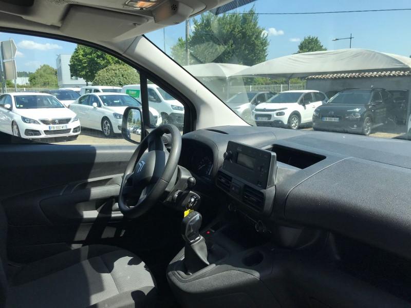 Photo 7 de l'offre de CITROEN BERLINGO VAN XL 950KG BLUEHDI 100 S&S CLUB à 16200€ chez Brignais automobiles