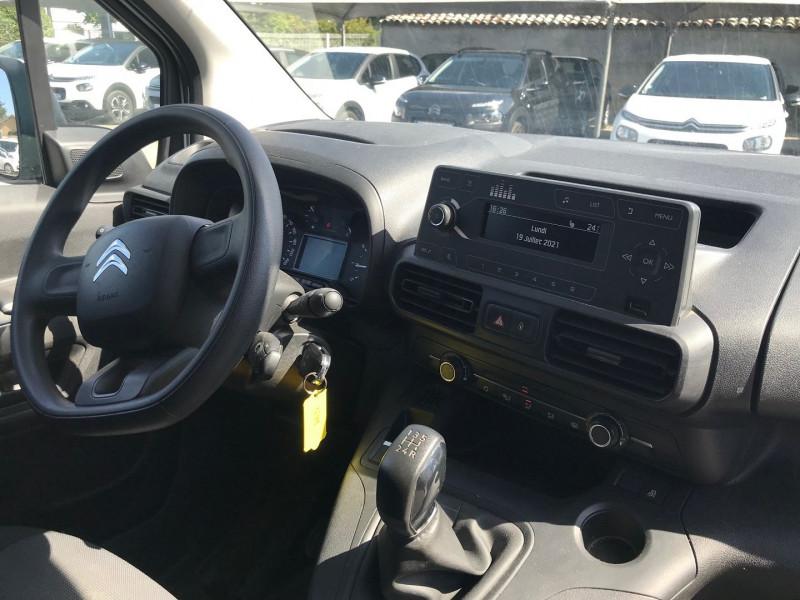 Photo 9 de l'offre de CITROEN BERLINGO VAN XL 950KG BLUEHDI 100 S&S CLUB à 15900€ chez Brignais automobiles