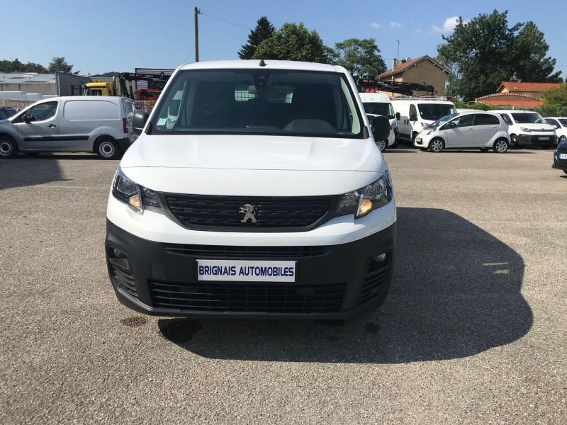 Photo 2 de l'offre de PEUGEOT PARTNER STANDARD 1000KG BLUEHDI 100CH S&S PREMIUM à 16200€ chez Brignais automobiles