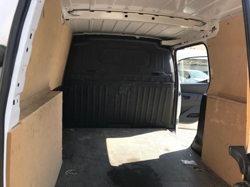 Photo 10 de l'offre de CITROEN BERLINGO VAN XL 950KG BLUEHDI 100 S&S CLUB à 15900€ chez Brignais automobiles