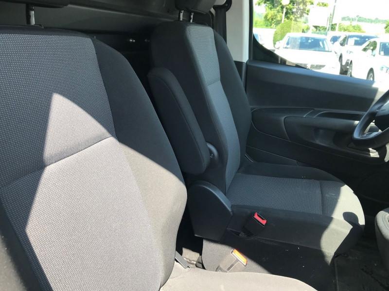 Photo 8 de l'offre de CITROEN BERLINGO VAN XL 950KG BLUEHDI 100 S&S CLUB à 15900€ chez Brignais automobiles