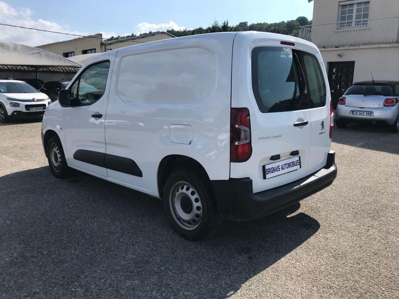 Photo 4 de l'offre de PEUGEOT PARTNER STANDARD 1000KG BLUEHDI 100CH S&S PREMIUM à 16200€ chez Brignais automobiles