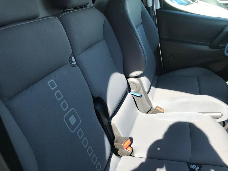 Photo 8 de l'offre de CITROEN BERLINGO 20 L1 HDI 75 CLUB à 9900€ chez Brignais automobiles
