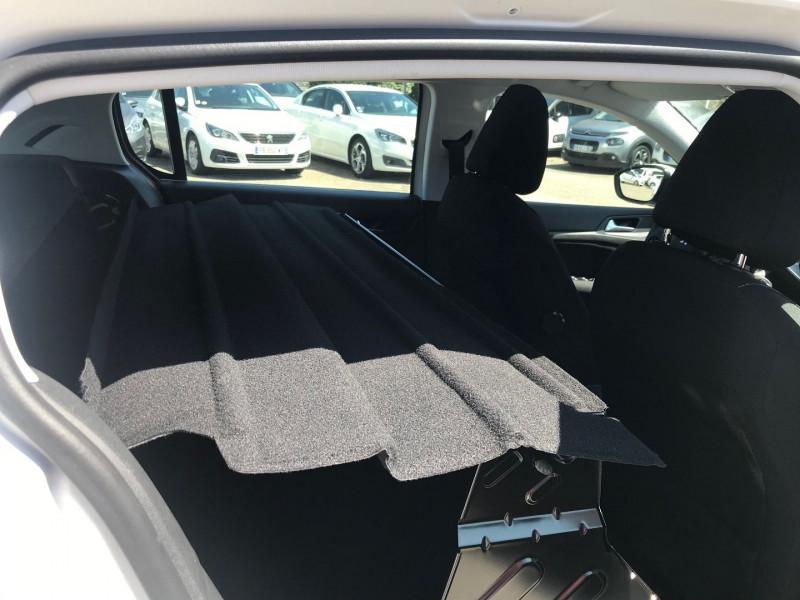 Photo 9 de l'offre de PEUGEOT 308 AFFAIRE 1.6 BLUEHDI 100CH S&S PREMIUM PACK à 11900€ chez Brignais automobiles