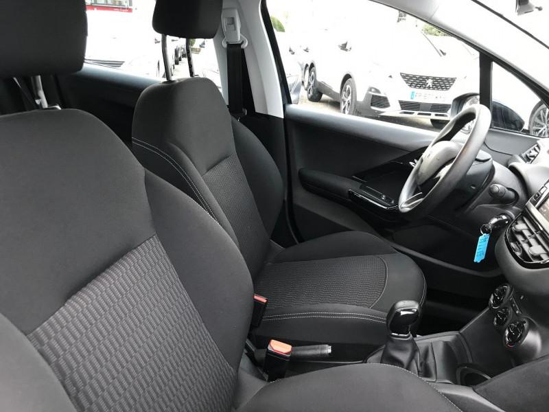 Photo 8 de l'offre de PEUGEOT 208 1.5 BLUEHDI 100CH E6.C ACTIVE BVM5 86G 5P à 12500€ chez Brignais automobiles