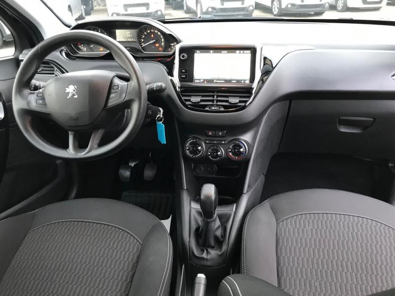 Photo 10 de l'offre de PEUGEOT 208 1.5 BLUEHDI 100CH E6.C ACTIVE BVM5 86G 5P à 12500€ chez Brignais automobiles