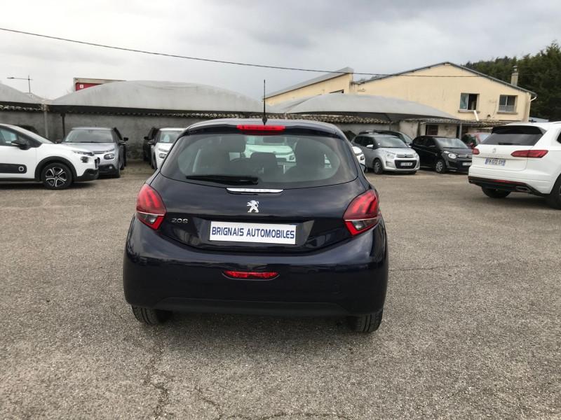 Photo 5 de l'offre de PEUGEOT 208 1.5 BLUEHDI 100CH E6.C ACTIVE BVM5 86G 5P à 12500€ chez Brignais automobiles