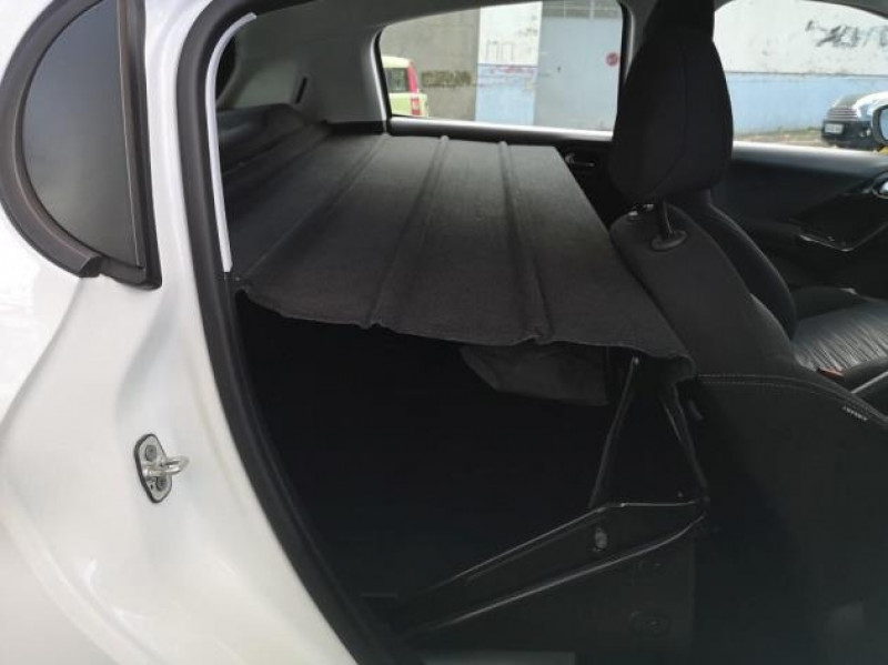 Photo 7 de l'offre de PEUGEOT 208 AFFAIRE 1.6 BLUEHDI 75CH PACK CLIM NAV 5P à 8900€ chez Brignais automobiles