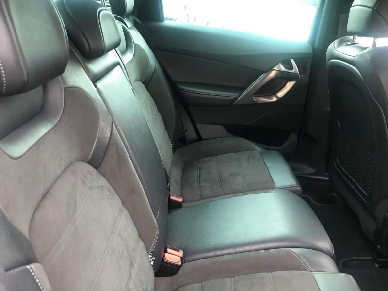 Photo 9 de l'offre de DS DS 5 BLUEHDI 150CH SO CHIC S&S à 17400€ chez Brignais automobiles