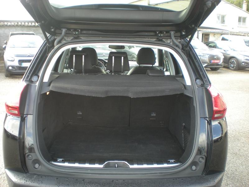 Photo 11 de l'offre de PEUGEOT 2008 1.6 BLUEHDI 100CH ALLURE BUSINESS S&S à 12400€ chez Brignais automobiles