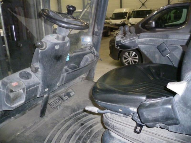Photo 5 de l'offre de FENWICK CHARIOT FRONTAL DIESEL H40D à 14000€ chez Brignais automobiles