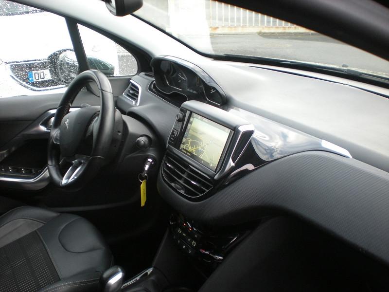 Photo 7 de l'offre de PEUGEOT 2008 1.6 BLUEHDI 100CH BUSINESS PACK BVM5 à 10900€ chez Brignais automobiles