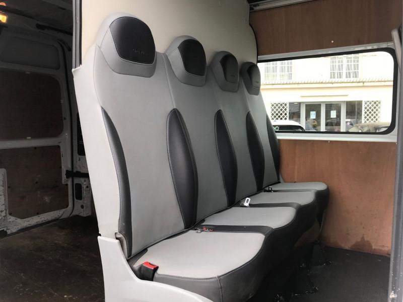 Photo 9 de l'offre de RENAULT MASTER III FG F3500 L2H2 2.3 DCI 110CH CABINE APPROFONDIE GRAND CONFORT EURO6 à 15900€ chez Brignais automobiles