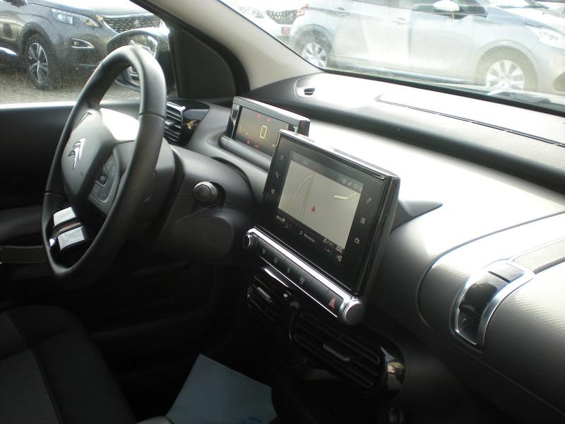 Photo 7 de l'offre de CITROEN C4 CACTUS BLUEHDI 100CH S&S SHINE E6.D-TEMP à 16900€ chez Brignais automobiles
