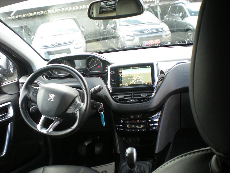 Photo 10 de l'offre de PEUGEOT 2008 1.6 BLUEHDI 100CH ALLURE BUSINESS S&S à 12400€ chez Brignais automobiles