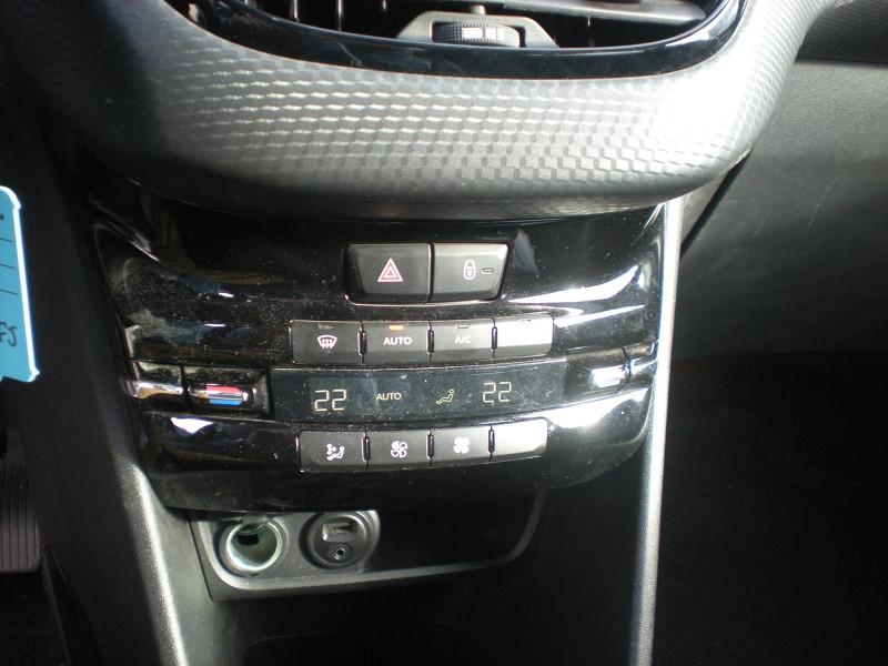 Photo 16 de l'offre de PEUGEOT 2008 1.6 BLUEHDI 100CH  BUSINESS PACK à 10900€ chez Brignais automobiles