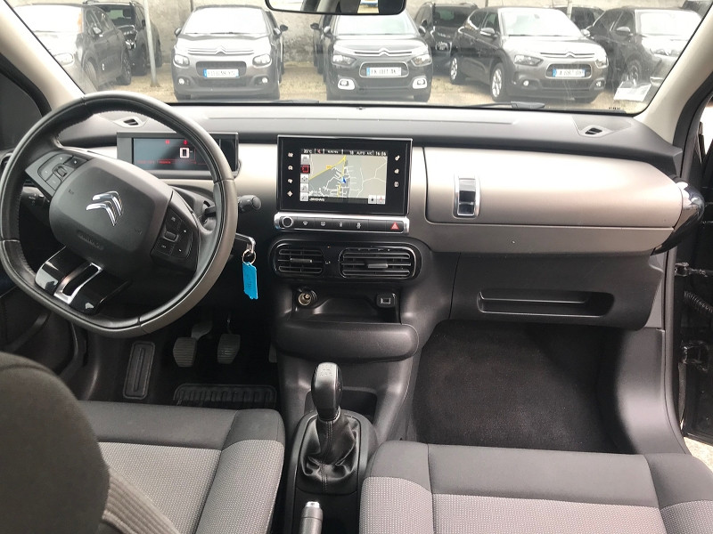 Photo 10 de l'offre de CITROEN C4 CACTUS BLUEHDI 100 FEEL BUSINESS à 11900€ chez Brignais automobiles