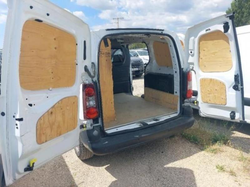 Photo 7 de l'offre de CITROEN BERLINGO M 1.6 BLUEHDI 75 BUSINESS à 9500€ chez Brignais automobiles