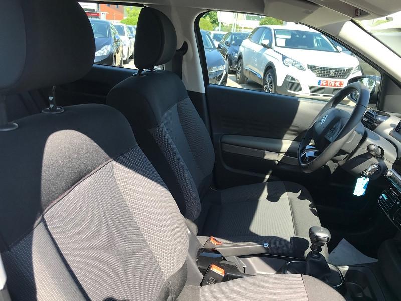 Photo 8 de l'offre de CITROEN C4 CACTUS BLUEHDI 100CH S&S FEEL E6.D-TEMP à 14900€ chez Brignais automobiles