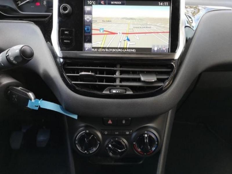 Photo 8 de l'offre de PEUGEOT 208 AFFAIRE 1.6 BLUEHDI 75CH PACK CLIM NAV 5P à 8900€ chez Brignais automobiles